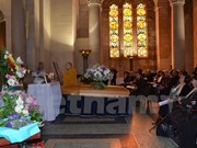 Funeral service held for painter Le Ba Dang