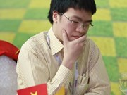 Vietnamese chess master Liem surges to top spot