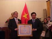 Vietnam confers Friendship Order on Sunwah chairman