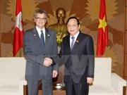 Swiss parliamentarians greeted in Hanoi
