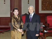 Party leader receives Cambodian People's Party delegation