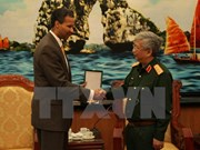 Deputy Defence Minister meets Boeing executive