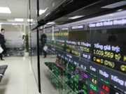 Shares rise as liquidity worries investors