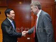 Party Economic Commission Head meets EP trade official