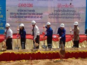 Vietnam helps Laos build houses for youths