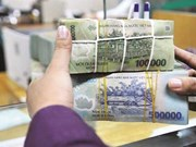 Hanoi banks achieve half year's credit target