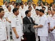 State President meets outstanding naval staff