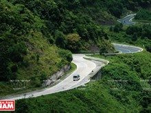 Hai Van Pass most challenging road