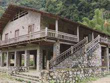 Rock houses in Cao Bang preserved to attract tourists
