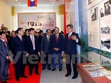 Exhibition spotlights Vietnam - Laos special solidarity