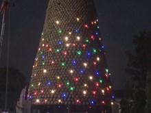 Giant Christmas tree made of 6,000 earthen pots