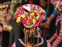Unique headwear of La Hu women