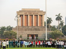 Flag salute ceremony celebrates President Ho Chi Minh's 128th birthday