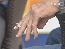 Higher tax proposed to cut smoking