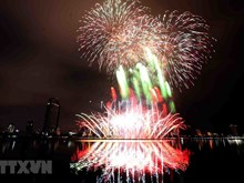 Feast of fireworks lights up Da Nang's night sky