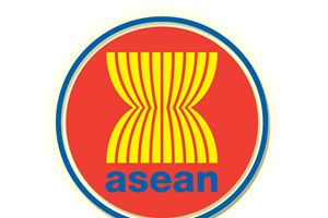 Vietnam attends ASEAN meetings on connectivity