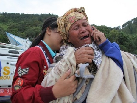 More missing people reported in Indonesian vessel sinking