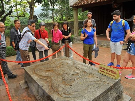 Chinese, RoK visitors on the rise, Japanese grow modestly