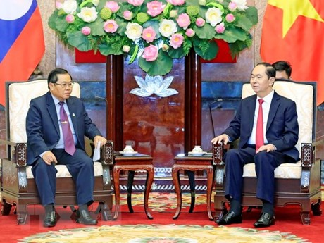 President commends Vietnam-Laos parliamentary cooperation