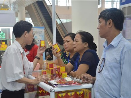First int'l medi-pharm exhibition in Da Nang opens