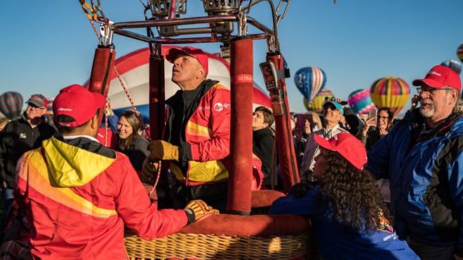Vietjet's hot air balloon and bikini girls land in America