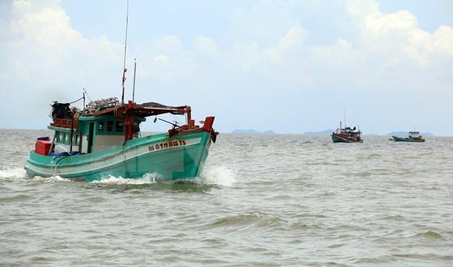 Malaysia detains 10 Vietnamese fishermen