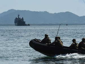 Philippines, Australian forces stage sea drill as ties deepen