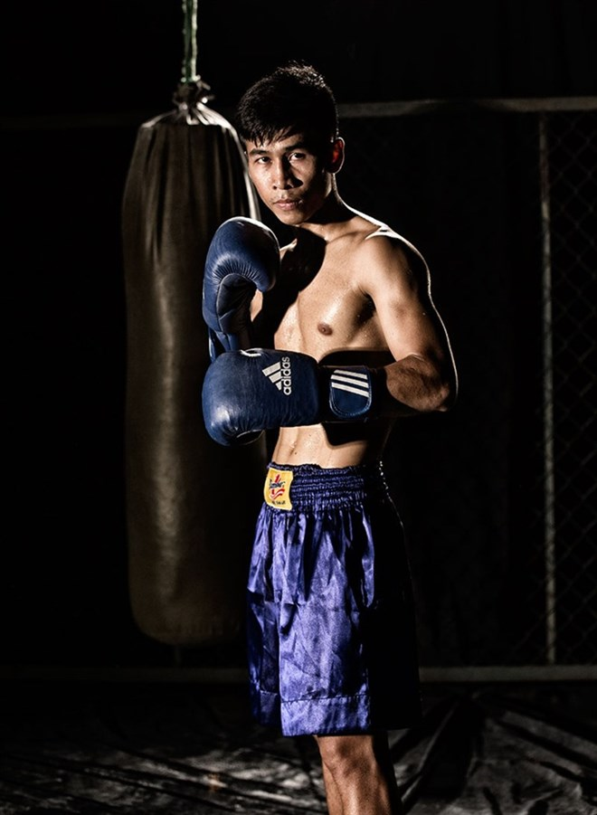 Vietnamese boxer makes history, wins WBC Asia title