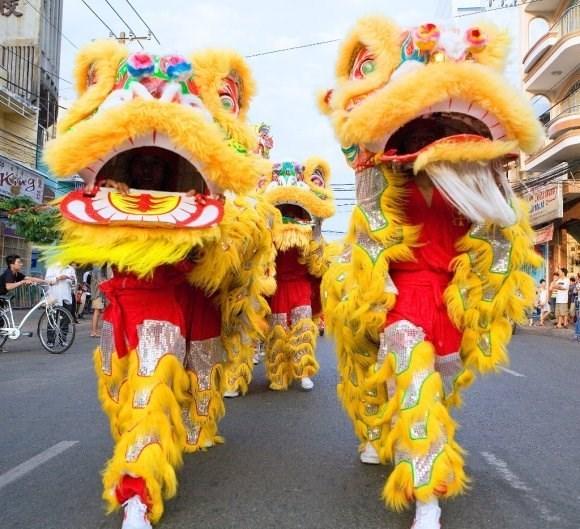 4-й национальный чемпионат по танцам драконов (Mua lan) начался в Кантьхо